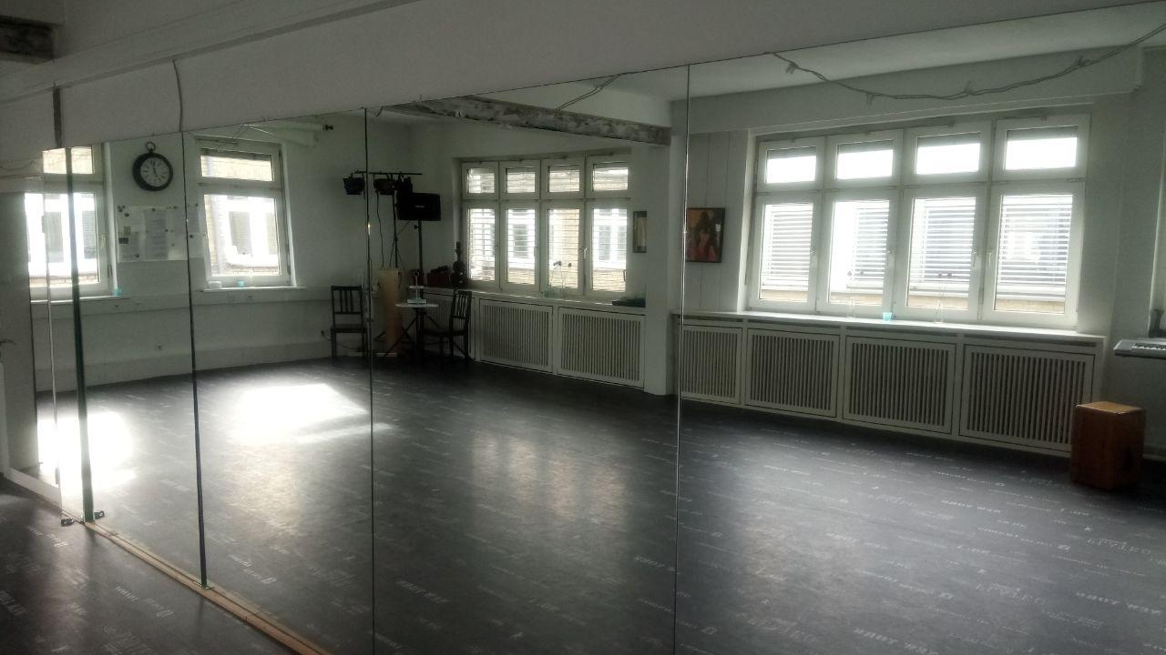 Tanzraum 1
